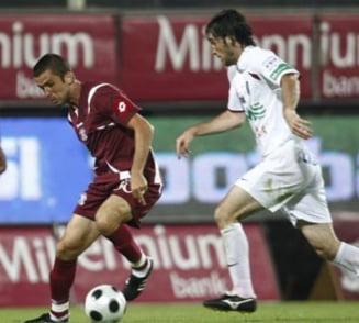 Marinescu ingroapa Rapidul. CFR Cluj defileaza in Giulesti