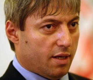Marius Oprea promite ca da publicitatii lunar o lista cu securisti si informatori