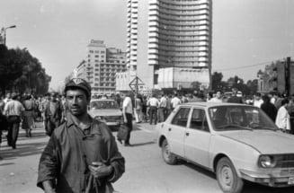 Mars in Bucuresti la 27 de ani de la inceputul Pietei Universitatii: Cine uita nu merita! Nu lasati istoria sa se repete!