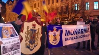 Marsuri pentru restaurarea monarhiei in marile orase: Nu mai vrem 10 mai, fara regele Mihai!
