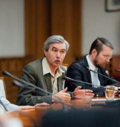 Marton Arpad (UDMR) a depus amendamente pline de greseli la Codurile Penale
