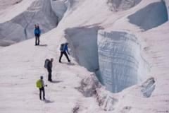 Marturia unui alpinist scapat dintr-o crevasa: Incredibil cum functionezi cu atatea fracturi!