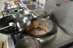 Masa calda sau alimente de 7 lei pe zi pentru elevi in loc de corn si lapte
