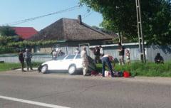 Masina cu functionari de la Primaria Agapia - in sant