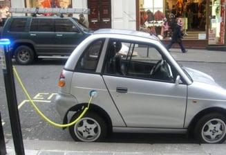 Masina electrica, pericol pentru pietoni