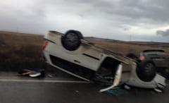 Masina rasturnata pe strada Sibiului din Cisnadie. Trei persoane ranite din cauza vitezei!