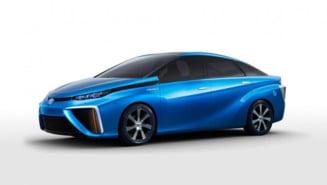Masina uluitoare care merge cu hidrogen ajunge in sfarsit pe piata (Video)