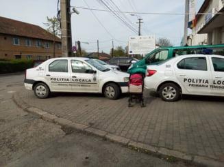 Masini de Politie parcate ilegal la Timisoara UPDATE Amenda pentru politisti a fost dublata