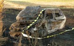 Masini distruse de flacari in Craiova