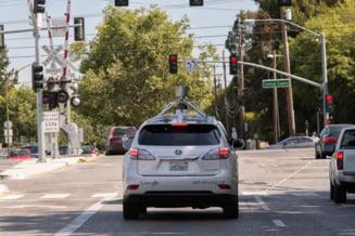 Masinile Google care se conduc singure, implicate in 11 accidente - De vina au fost oamenii