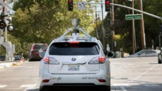 Masinile fara sofer ale Google pot circula fara probleme si in traficul urban (Video)