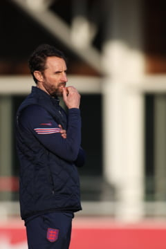 Masura extrema. Selectionerul Angliei ii indeamna pe fotbalisti sa renunte la Facebook si Instagram