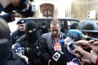 Mazare: De ce pe mine m-au dus cu mascati si cu dube, iar pe Basescu nu?