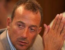 Mazare acuza: Predoiu blocheaza trecerea plajelor la hotelieri