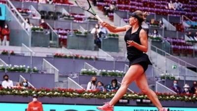 Meciul dintre Simona Halep si Elise Mertens s-a intins pana departe in setul trei. Finalul optimii de la Madrid a fost dramatic