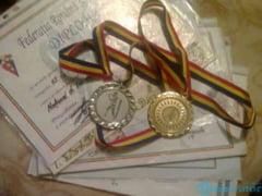 Medalii de aur, argint si bronz, obtinute de pugilistele de la CSM Calarasi