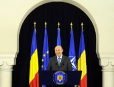 Medicii, scosi din categoria functionarilor publici - Basescu a promulgat legea