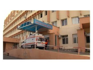 Medicii spagari de la Spitalul Judetean Neamt, trimisi in judecata