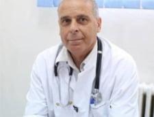 """Medicul Virgil Musta: """"Numarul de cazuri a crescut ca in perioada cea mai fierbinte a valului intai de pandemie. Riscam sa nu putem intra intr-o viata normala"""""""