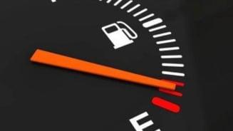 Mediul de afaceri avertizeaza: O crestere a accizelor la carburanti in 2014 va rupe coloana vertebrala a economiei