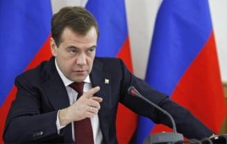 Medvedev: Rusia ar putea ataca elementele scutului antiracheta din Europa de Est