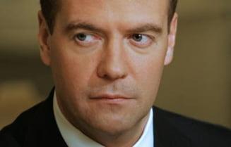 Medvedev l-a sfidat pe Iuscenko la summitul CSI din Chisinau