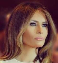 Melania Trump a purtat in Sicilia o haina care costa cam cat castiga un american intr-un an