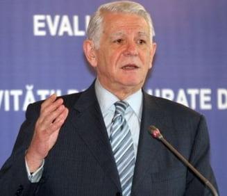 Melescanu: Basescu a cerut informatii despre ofiterii acoperiti printre ministri (Video)
