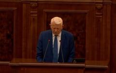 Melescanu s-a sucit si a demisionat. Cine va conduce Senatul? Deocamdata exista 3 pretendenti