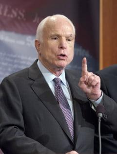 Membra a echipei de comunicare de la Casa Alba, despre McCain: Nu conteaza, oricum moare