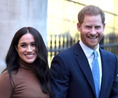 Membri ai Casei Regale a Marii Britanii le-au cerut ducilor de Sussex, Harry si Meghan, sa renunte la titlul lor nobiliar
