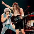 Membrii AC/DC au sosit la Bucuresti cu doua ore inainte de concert (Video)