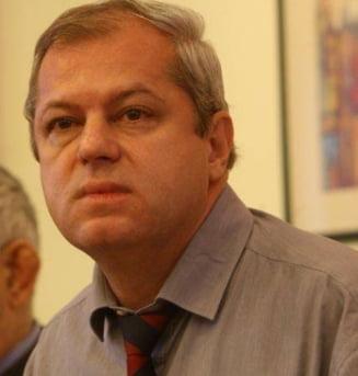 Membrii CNA Rasvan Popescu si Christian Mititelu vor contesta deciziile ANI