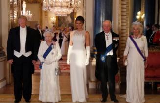 Membrii familiei Trump si-au dezvaluit vizita la Palatul Buckingham pe retelele sociale (Foto)