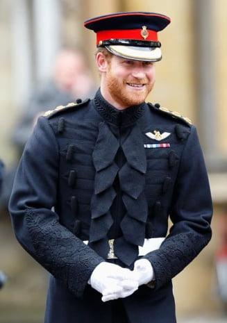 Membrii familiei regale britanice nu vor purta uniforme militare la inmormantarea Printului Philip. Ce a determinat aceasta incalcare de protocol