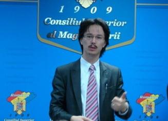 Membru CSM: Parlamentul e in afara ordinii constitutionale