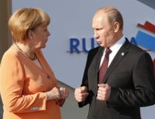 Merkel se duce in Ucraina cu o zi inainte de sarbatoarea nationala