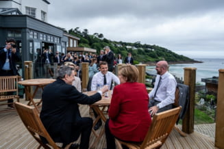"Merkel si Macron indeamna la prudenta in privinta deschiderii granitelor: ""Nu putem actiona ca si cum coronavirusul s-ar fi sfarsit"""