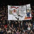 Mesaj dur afișat de fanii englezi la adresa patronului arab al lui Newcastle. Poliția a deschis o anchetă