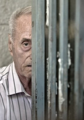 "Mesaj pentru Visinescu: ""Tortionare, esti acasa? Mortii nu te lasa"" (Galerie foto & video)"