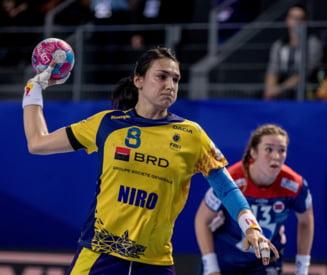 """Mesaj superb al Cristinei Neagu dupa accidentarea de la Campionatul European: """"Raman alaturi de fete pana la final"""""""