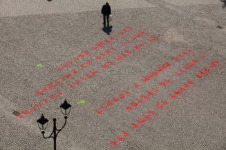Mesajul misterios, cu litere runice, aparut in piata din Sfantu Gheorghe, a fost descifrat
