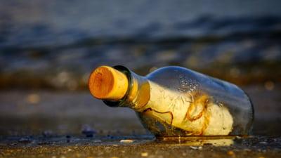 Mesajul misterios gasit intr-o sticla de un pescar din Noua Zeelanda. Cine a raspuns la numarul de telefon indicat