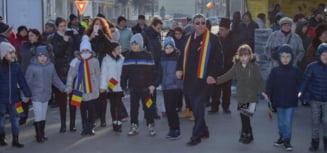 Mesajul primarului orasului Calimanesti, Florinel Constantinescu, la deschiderea noului an scolar