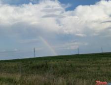 Meteo: Furtuni in toata tara. Sa urmarim curcubeul!
