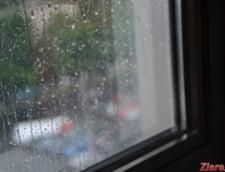 Meteo: Racoare, cod portocaliu de ploi si rosu de inundatii
