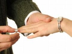 Metoda BOR de a combate concubinajul - slujbele de logodna, interzise