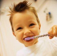 Metode uitate, dar eficiente, de ingrijire a dintilor