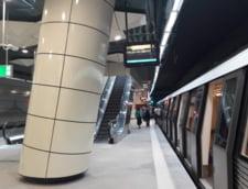 Metrorex: O avarie la o conducta Apa Nova a generat acumulari de apa in zona accesului in statia de metrou Valea Ialomitei