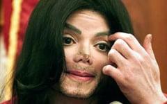 Michael Jackson, acuzat, din nou, de abuz sexual